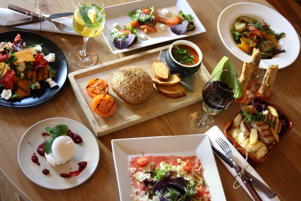 Dineren en borrelen in Grand Café Hotel Kruller