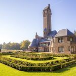 Jachthuis Sint Hubertus op Nationaal Park de Hoge Veluwe, een 'gesamtwerk'