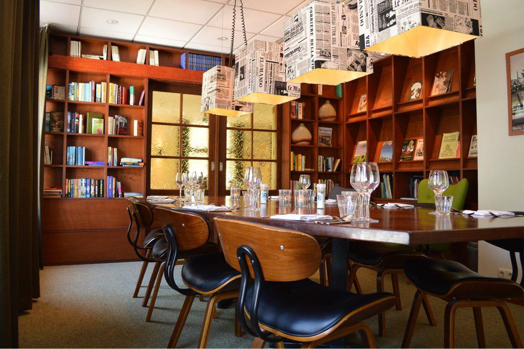 Bieb restaurantopstelling tafel